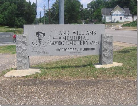 Oakwood_Cemetery